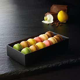 Coffret de 12 mini-macarons